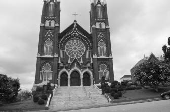 Vertical view of St. Joseph's Catholic Church in Macon, Georgia